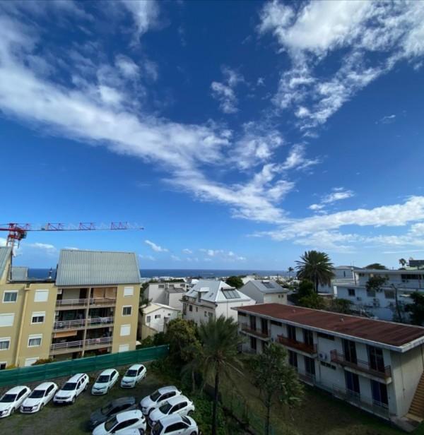 Saint Pierre Centre-Ville - Appartement T4 DUPLEX vue mer