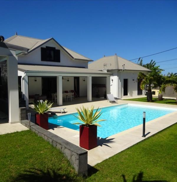 Villa - 767 000 € - SAINT-JOSEPH